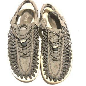 Keen Uneek Cord Gray Sandals size US 10